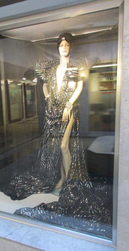 Die schwarze Göttin bei der Boutique Extravagant